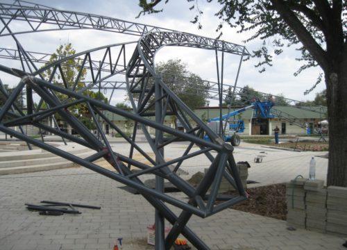 Amfiteátrum térlefedés acélszerkezet (Hajdúnánás) 2015